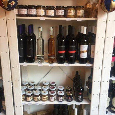 Partner Wine Store: photo1.jpg