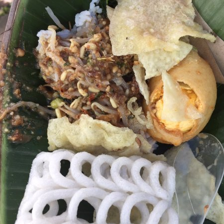 Pecel Pincuk Winongo Malang Restaurant Reviews Photos Phone Number Tripadvisor