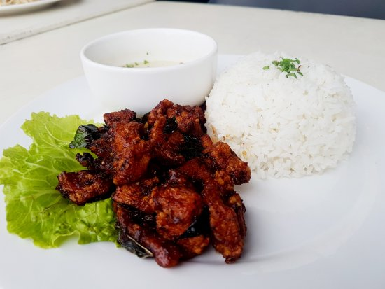 Nilai, Malasia: Kam Heong Chicken With Rice..