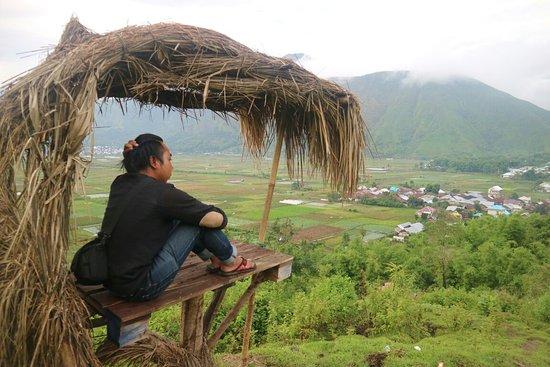 Wisata Bukit Tangkok Sembalun Lawang  Andi Manaf