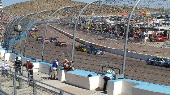 Phoenix International Raceway: 0319171357a_large.jpg
