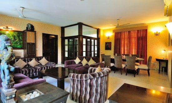Interior - Picture of Pinewood BnB, New Delhi - Tripadvisor