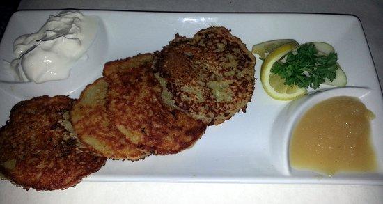 Norridge, IL: potato pancakes with applesauce and sour cream