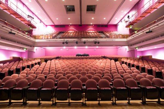 b33e8f85ac95 Preston Guild Hall & Charter Theatre: Charter Theatre at Preston Guild Hall