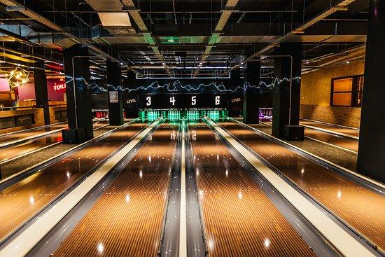 71d6dcae1cb5 Preston Guild Hall & Charter Theatre: Bowling at Level (entertainment  complex in Preston Guild