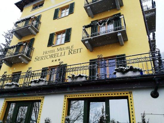 Exterior foto di hotel meuble sertorelli reit bormio for Hotel meuble sertorelli reit bormio