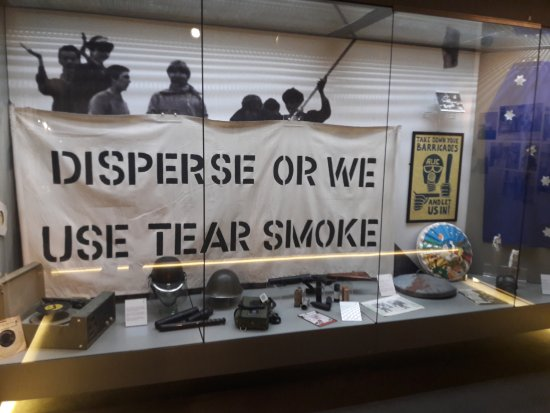 Museum of Free Derry: banner and military objects