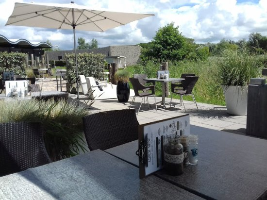Scharendijke, The Netherlands: Our lovely terrace at the water
