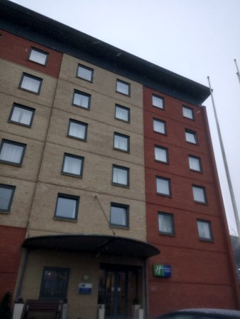 Holiday Inn Express Leicester City: Hotel View from Outside