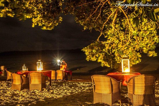 Symphony Palms Beach Resort Side Candle Light Dinner At