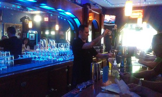 Duryea, PA: Daveo at the tap of the cool bar
