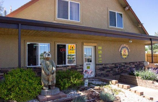 Grand Junction KOA Holiday : Front Office