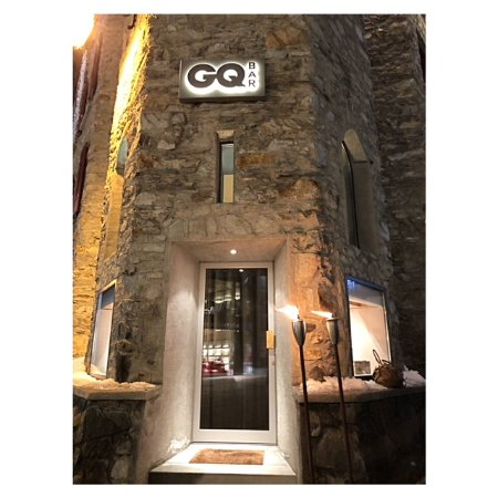 St. Moritz, Switzerland: Entrance GQ Bar