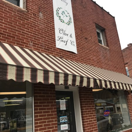 Elkton, VA: Valley Olive & Leaf Co