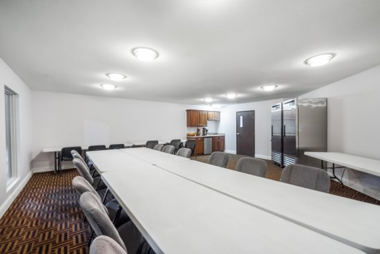 Calvert City, KY: Newly renovated Meeting Room