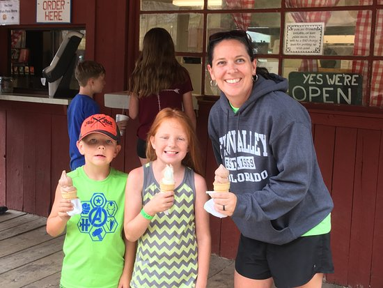 South Fork, CO: Snack Shack Ice Cream.