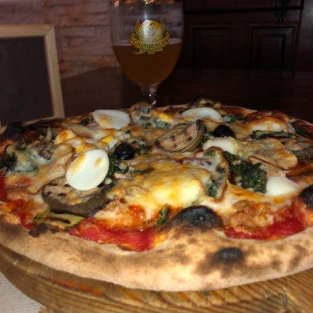 Cassibile, Italy: Pizzeria manhattan pub