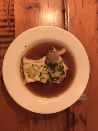 Colby Hill Inn: Our meals and the local covered bridge.