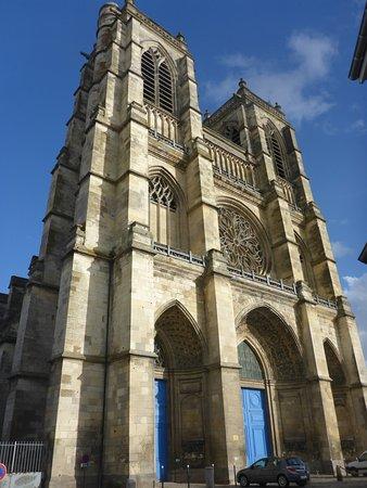 Abbatiale Saint-Pierre de Corbie