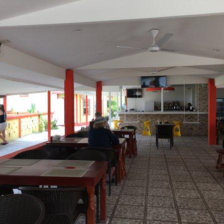 Tropical Paradise Restaurant: photo1.jpg