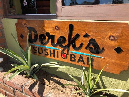 Derek's Sushi Bar, downtown Todos Santos