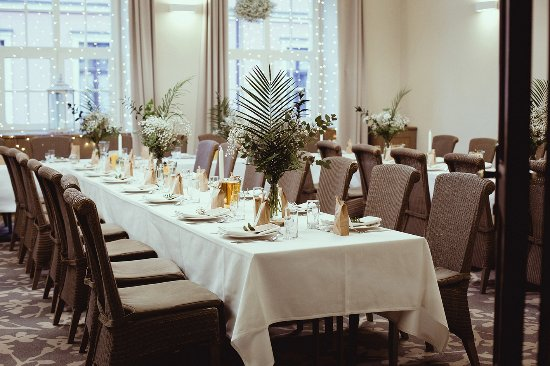 Sala Kominkowa Picture Of Art Hotel Restaurant Wroclaw Tripadvisor