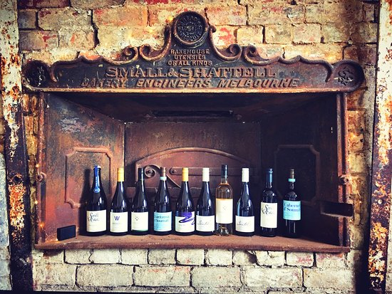 Healesville, Australia: Ten wines from five of the best boutique Yarra Valley wineries on tasting.