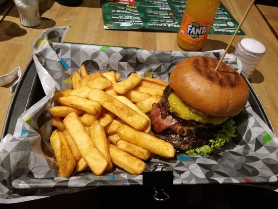 Img 20180130 221916 Large Jpg Picture Of Bobby Burger Warsaw