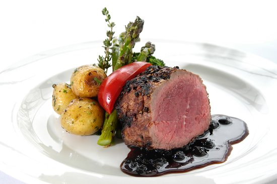 Headingley, Canada: Bison Tenderloin Feature