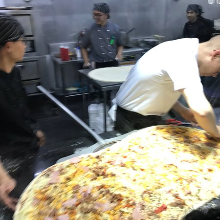 Perfect Pig Out PIZZA