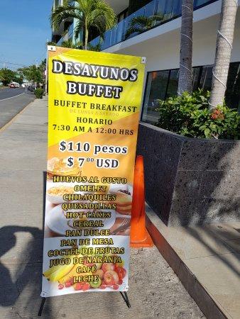 Taqueria El Kora: Breakfast buffet sign