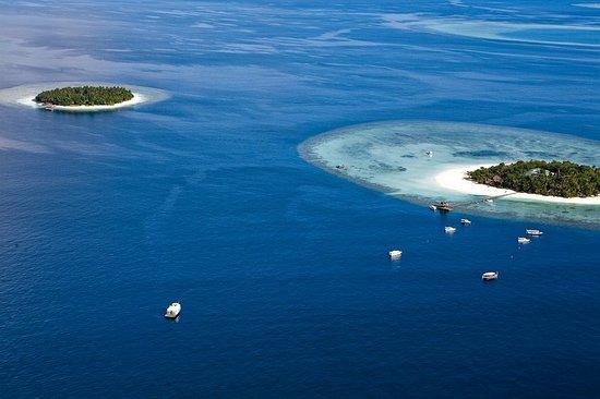 بانيان تري جزر المالديف: Exterior
