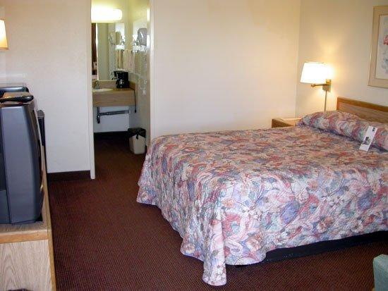 Vagabond Inn San Luis Obispo: Guest room