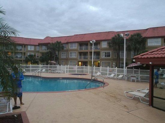 Parc Corniche Condominium Resort Hotel: IMG_20171218_174636_large.jpg