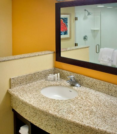 Courtyard Newark Downtown Updated 2018 Prices Amp Hotel