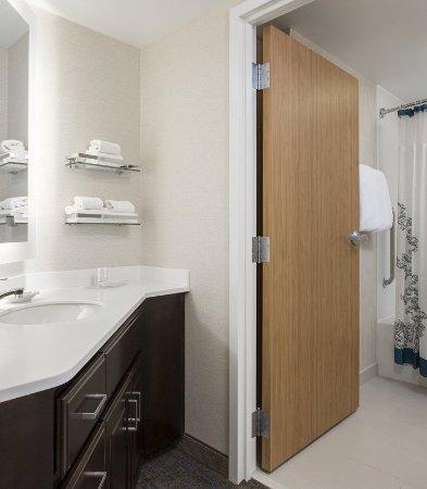 guest room picture of residence inn rochester west greece rh tripadvisor com