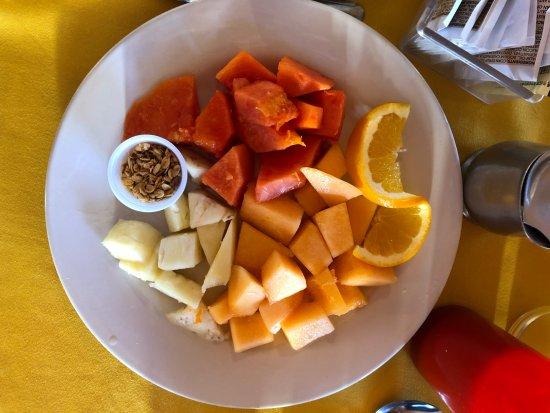 Hotel El Cortez: desayuno fruit was lovely