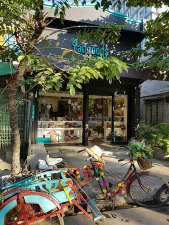 Find our cozy Yangoods Mandalay Showroom filled with delights and wonders of Myanmar.'