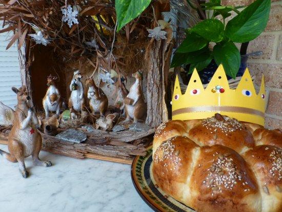 Brigadoon, Austrália: 3 Kings cake at DRH