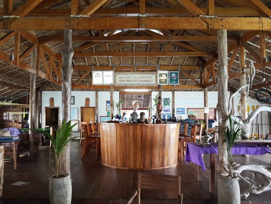 Gizo, Kepulauan Solomon: Main and only dining area
