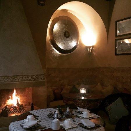 Riad Camilia: Winter Breakfast