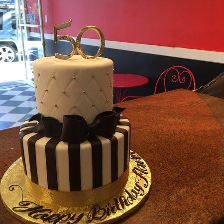 Menlo Park, CA: Gerry's Cakes