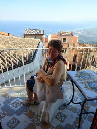 Castelmola, Italy: Смешной стульчик