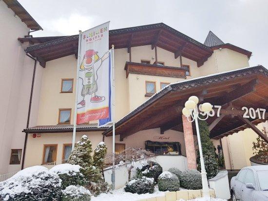 Falkensteiner Family Hotel Lido Ehrenburgerhof: Entrata albergo