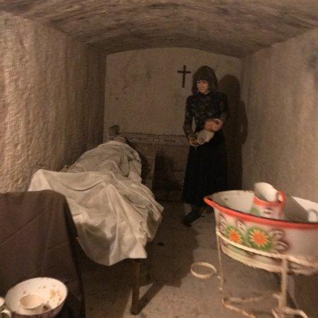 Mellieha Air Raid Shelter: photo1.jpg