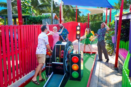 'Hole in One' celebrations at Putt Putt Mermaid Beach.