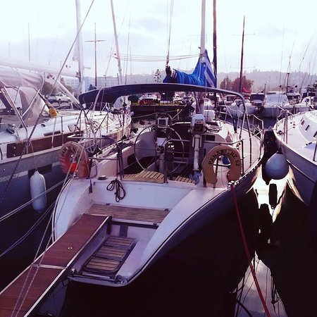 Gouvia, Grecia: At the marina