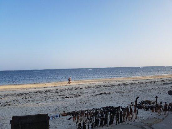Kenya Bay Beach Hotel: 20180125_174826_large.jpg