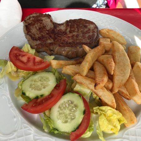 imagen Mac Gowans Irish Pub & Restaurant en El Ejido
