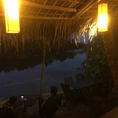 Riverside Garden Restaurant Photo